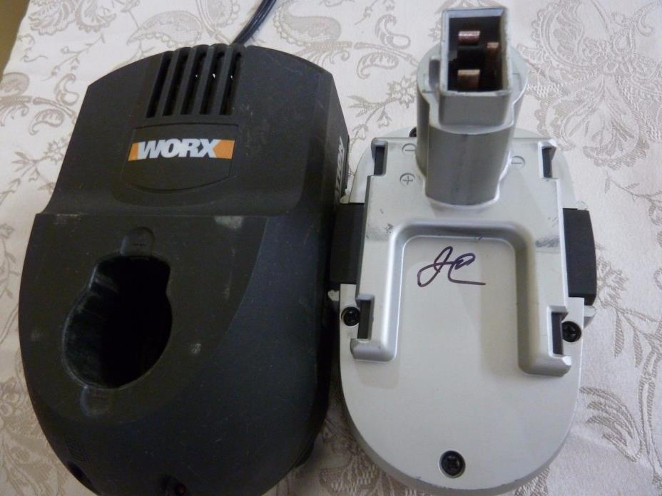 WORX POWER STATION CHARGER C1817A005, 18V BATTERY WA3152,