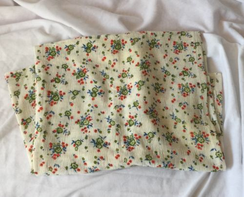Vintage  linen  Fabric  remnant w/ green & red floral pattern