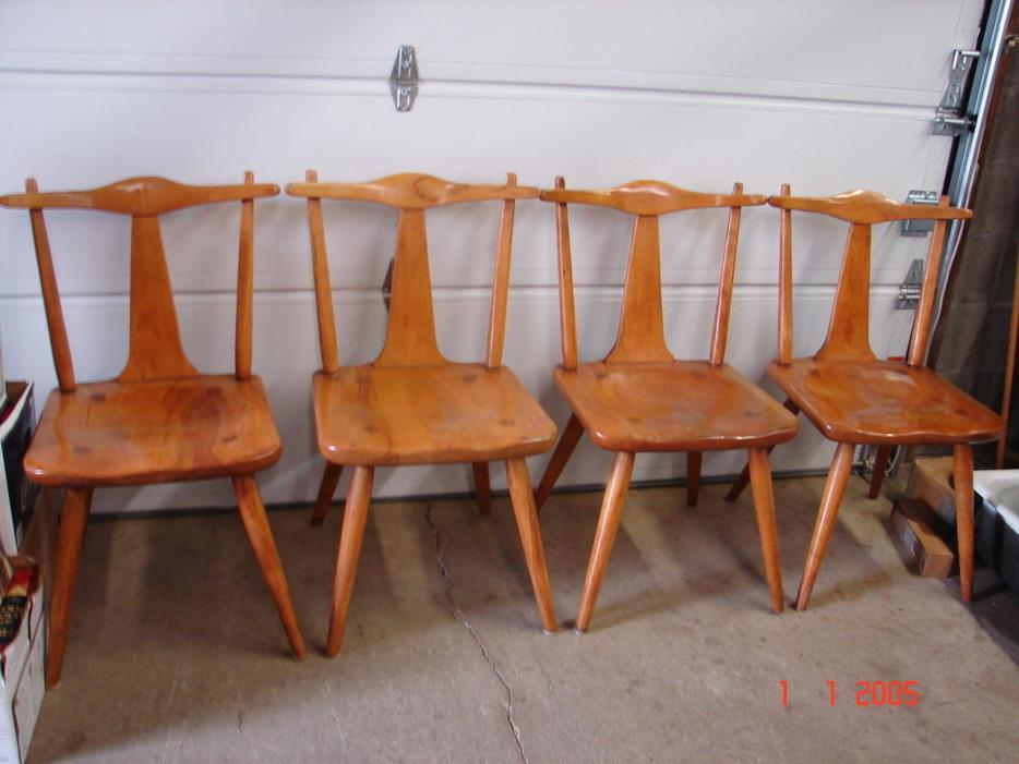 4 CUSHMAN MAPLE NEW BENNINGTON DINING ROOM CHAIRS