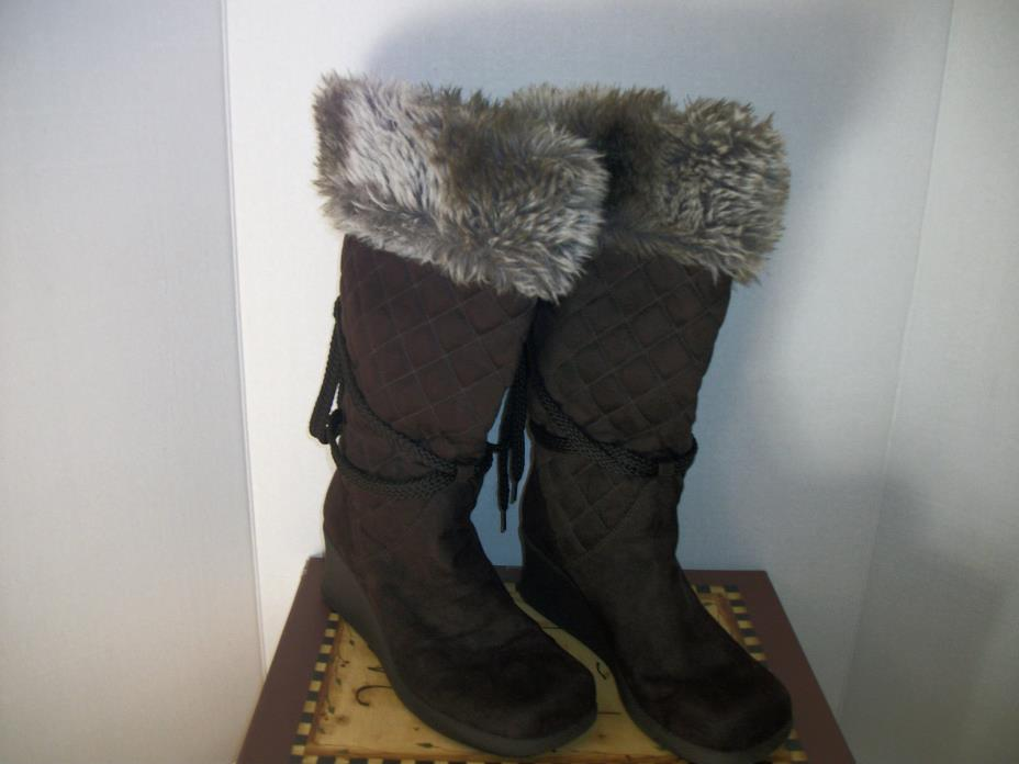 Old Navy Women's Quilted Winter Wedge Boots Sueded & Faux Fur Brown Size 7.5M