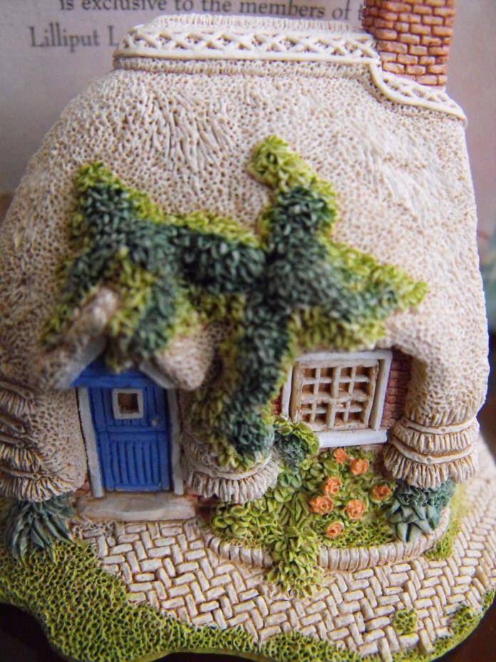 NIB Lilliput Lane Collectible Figurine Cottage House PETTICOAT England