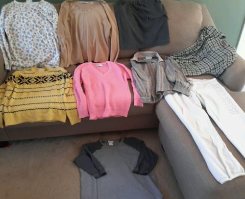 Women's size Large clothes mixed lot of 9 (570)