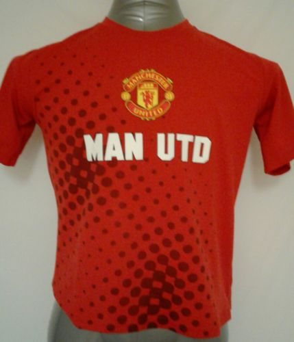 MANCHESTER UNITED Boys Youth XL Red Short Sleeves Polyester Jersey Shirt