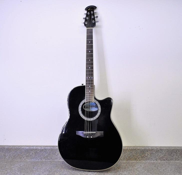 Celebirty by Ovation Electric-Acoustic Guitar CC057 with case. Fast Shipping