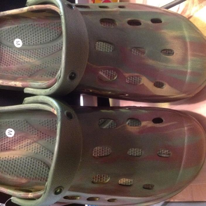 Camouflaged shoe. ( croc style )