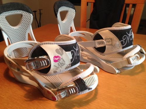 Millennium Three M3 Equinox Women's Snowboard Bindings White/Pink/Grey Kiss MED