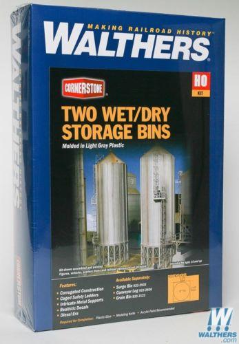 Two Wet / Dry Storage Bins HO Kit - Walthers Cornerstone #933-2937 vmf121