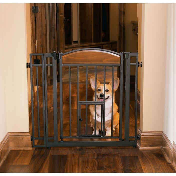 Design Studio Walk-thru Gate with Small Pet Door