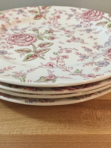 Beautiful Set of 4 Johnson Bros. Rose Chintz Dinner Plates 10