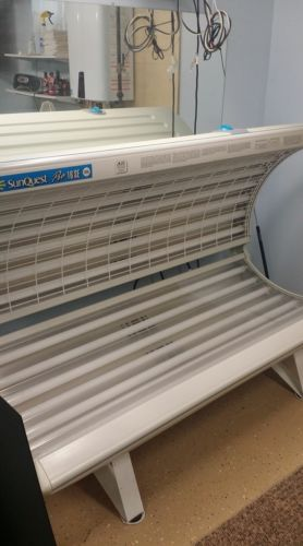 Sunquest Tanning Bed - Slightly Used