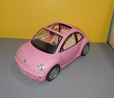Mattel 2000 Barbie Light Pink Volkswagen VW Beetle Bug Car w/ Flower Vase