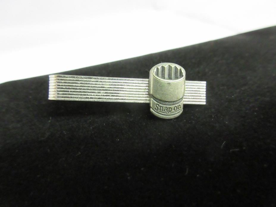 VINTAGE SNAP-ON SOCKET  TIE CLASP BAR CLIP ADVERTISING PROMO EXC COND  M-127