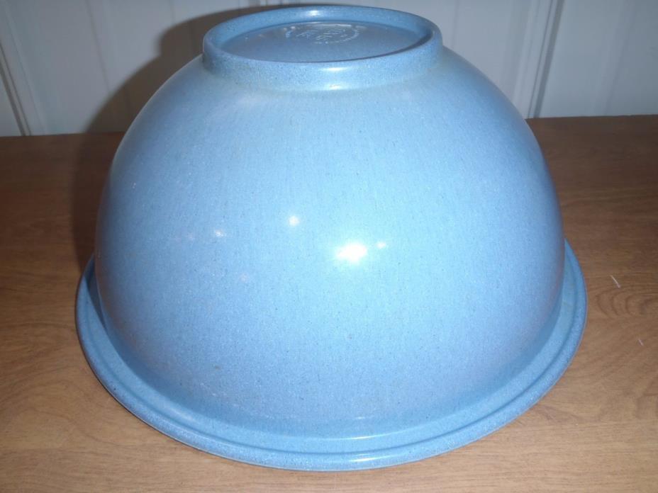RARE VINTAGE TEXAS WARE 125 LARGE  BLUE BOWL GOOD CONDITION
