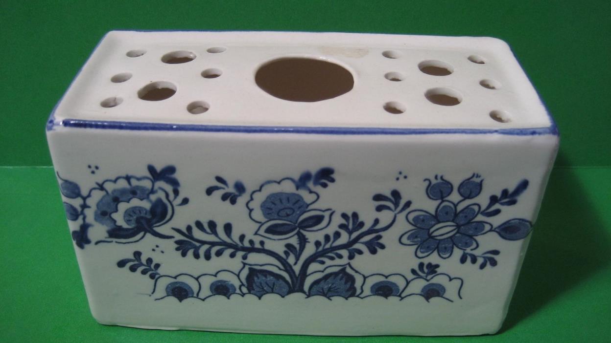 White & Blue Flowering Plant Porcelain Incense Burner 6