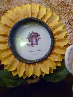 SUNFLOWER PHOTO FRAME LARGE BUMBLE BEAR AND BEEHIVE