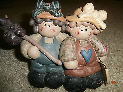 Girls Sisters Aunt Niece Hobos Children Forever Friends Probably Resin Figurine