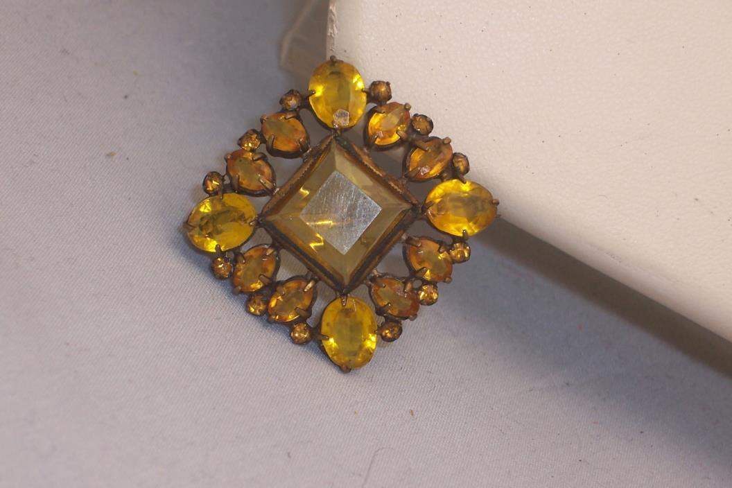 Art Deco Open Back Prong Set Light Amber Scatter Pin Brooch