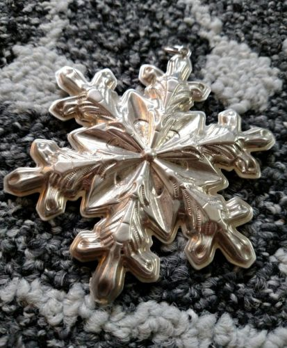 1973 Gorham Sterling Silver Snowflake Christmas Holiday Ornament with Pouch