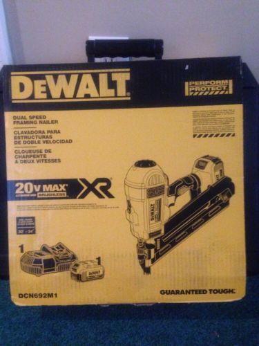 DEWALT DCN692M1 20V Max XR Li-Ion Cordless Brushless 2-Speed 33° Framing Nailer