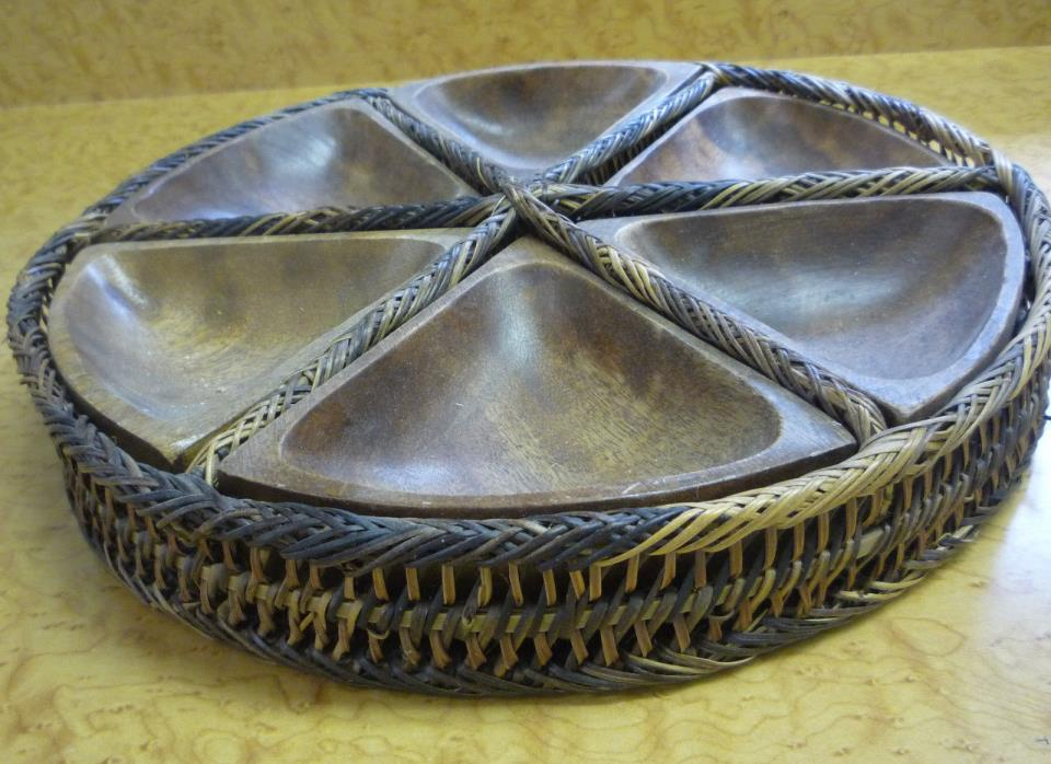 VTG Antique Handcrafted  Weaved Basket Tray w/Wood Serving Dishes Philippines SQ
