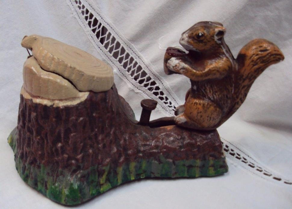 Cast Iron SQUIRREL & TREE STUMP ~ Mechanical Coin Bank