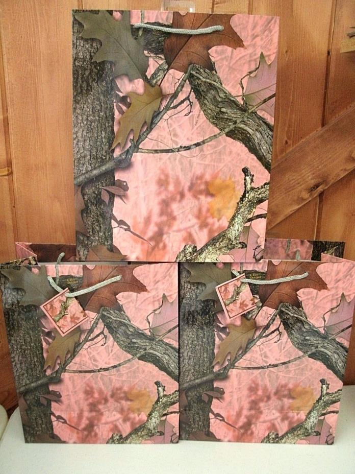 Medium Pink Camo Gift Bag ~ New ~ Free Shipping