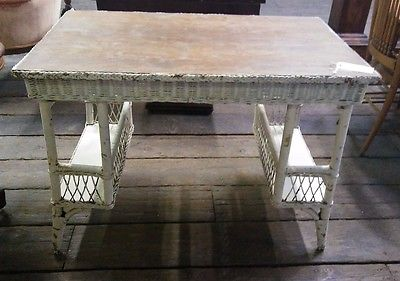 Antique Oak Top White Wicker Desk w/ Shelves