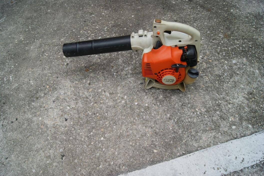 STIHL BG55 GAS POWERED  LEAF BLOWER