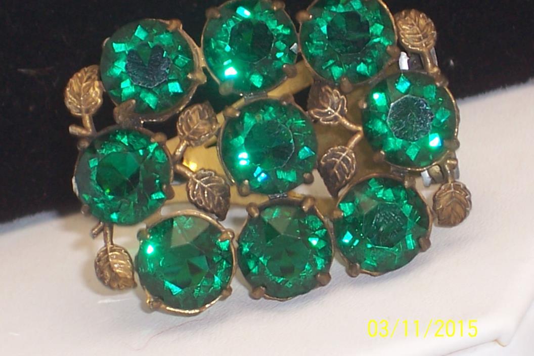 Antique Emerald Green Rhinestone Gilded Metal Dress Fur Clip