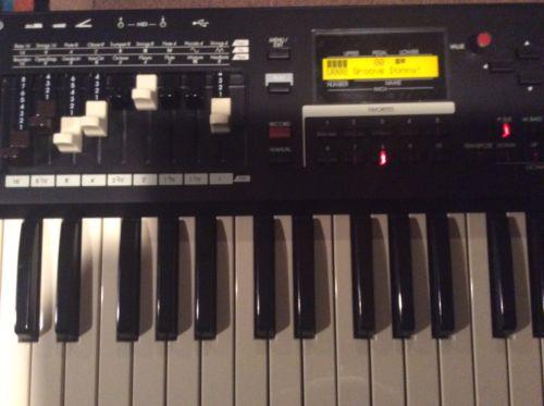 Hammond Sk1-73 Clonewheel Organ/Keyboard