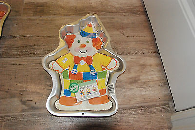 Wilton Cute Clown Cake Pan Mold 2105-6711 1993 w insert