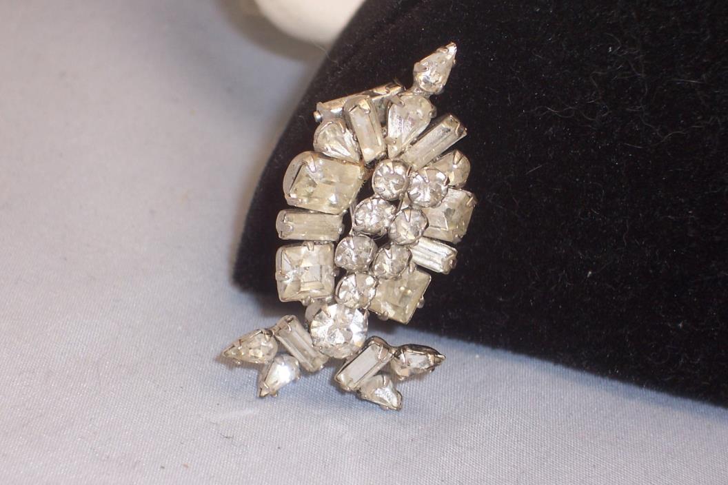 Vintage Small Clear Baguette & Tear Drop Rhinestone Fur Dress Clip