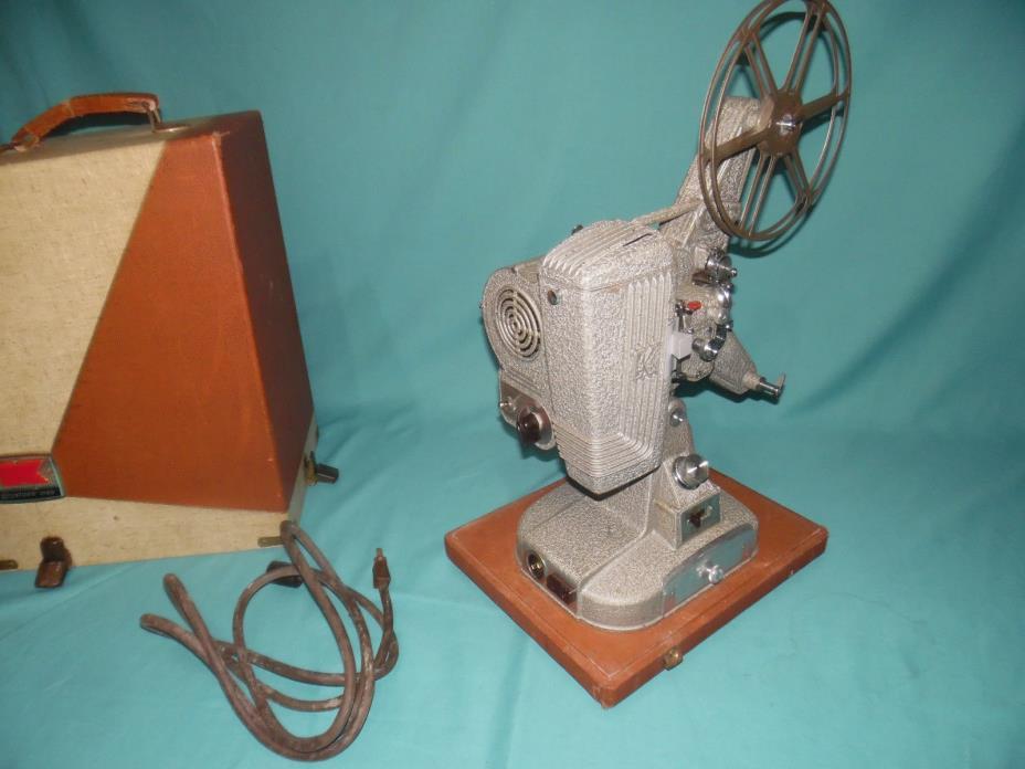 Vintage Keystone 109D 8mm Movie Projector in Original Case