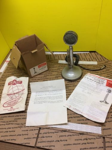ASTATIC T UG8 D104 CRYSTAL AMPLIFIED HAM CB RADIO MICROPHONE W/ BOX