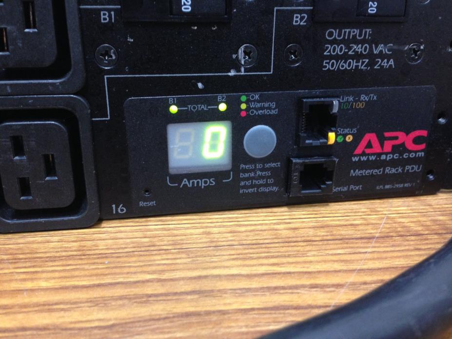 APC AP7811 16-Outlet Metered Rack PDU 208V 24A w/ BREAKERS, TESTED