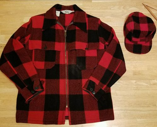 Vintage medium WOOLRICH Buffalo Plaid Hunting Jacket + Cap, Wool blend, VTG, red