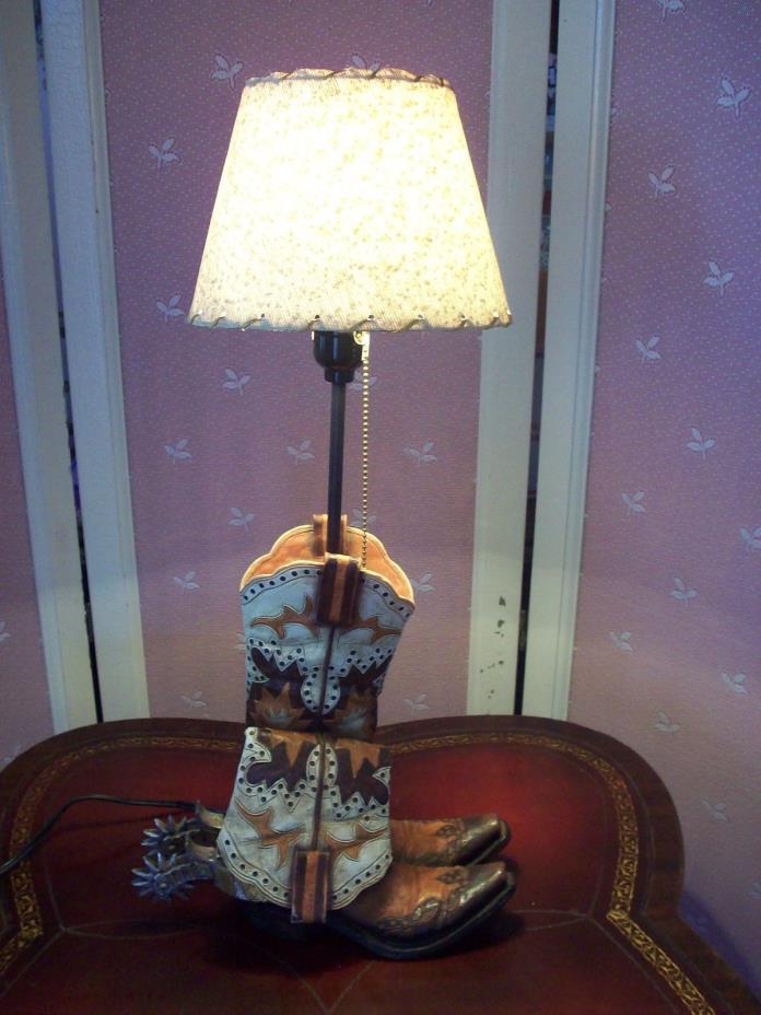 COWBOY BOOTS LAMP