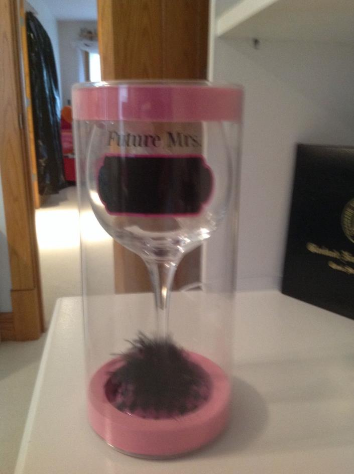 future mrs wine glass