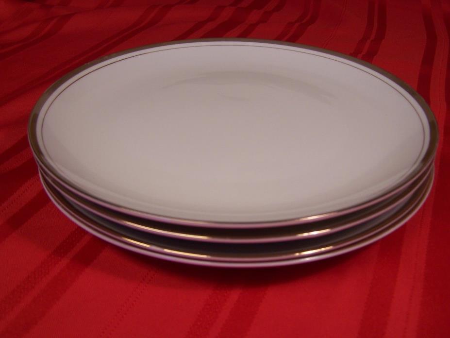 4 Royalton Fine China White & Gold 9-1/4