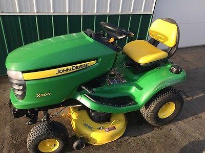 2010 John Deere X300 Garden Tractors