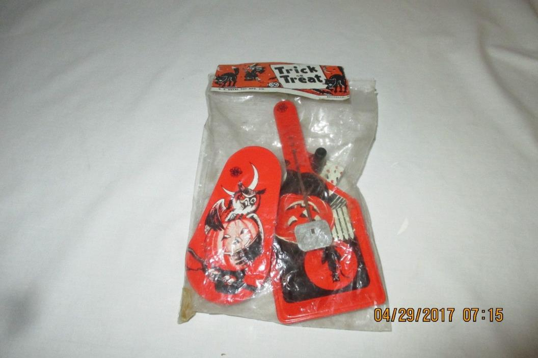 Vintage Halloween Noise Makers US Metal Toy MFG Co - Mint in Package - Owl,Witch
