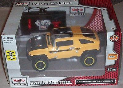 Maisto Tech Radio Control Hummer 1:24 Remote Control Vehicle Car