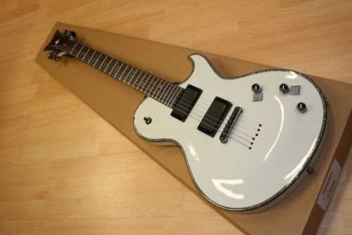 Schecter Omen-7 Vintage White VWHT NEW Electric Guitar + FREE GIG BAG! Omen7