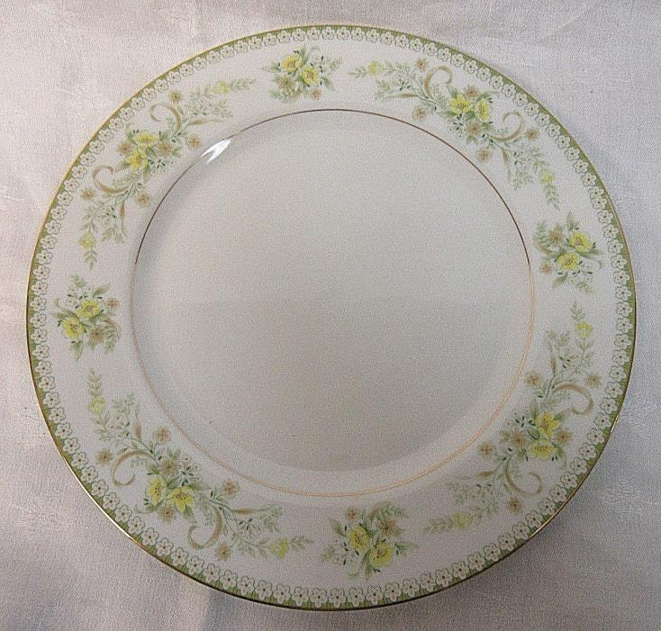 VINTAGE MIKASA GREENBRIAR PATTERN - SET OF 4 - DINNER PLATES