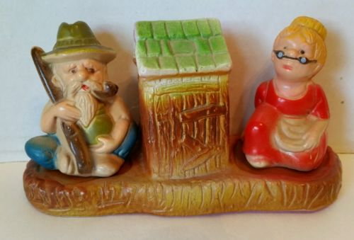 Vintage Hillbilly Outhouse Salt Pepper Shaker Ma Pa  Old Man Woman Set Stand