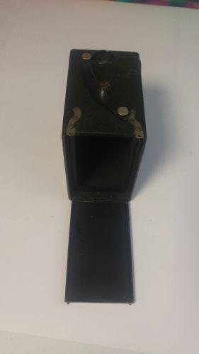 Vintage BROWNIE JUNIOR JR BLACK BOX CAMERA EUC