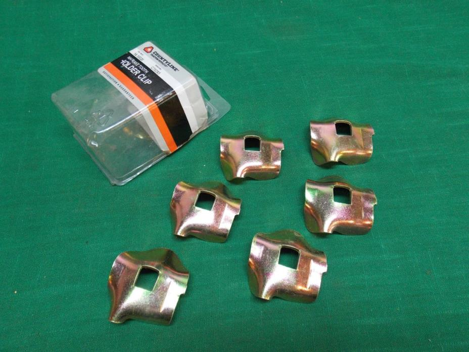Lot of 6 New Holland rake tooth holder clips.