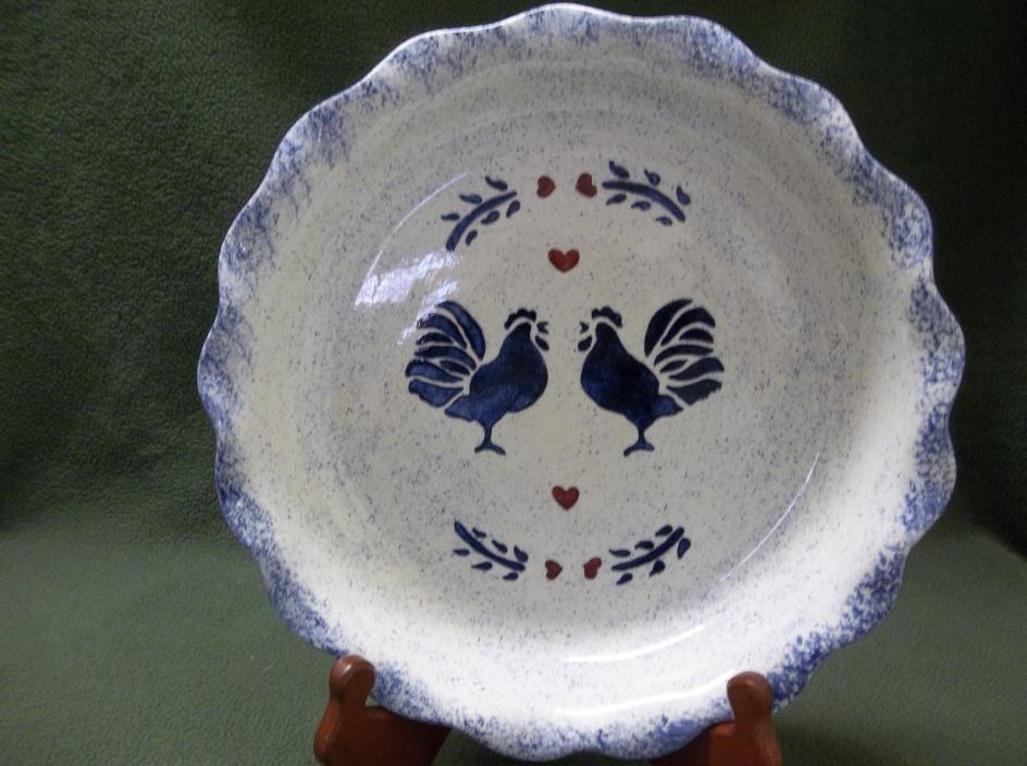 Vtg. 1976 Bell Ceramics Blue & White 10 1/8