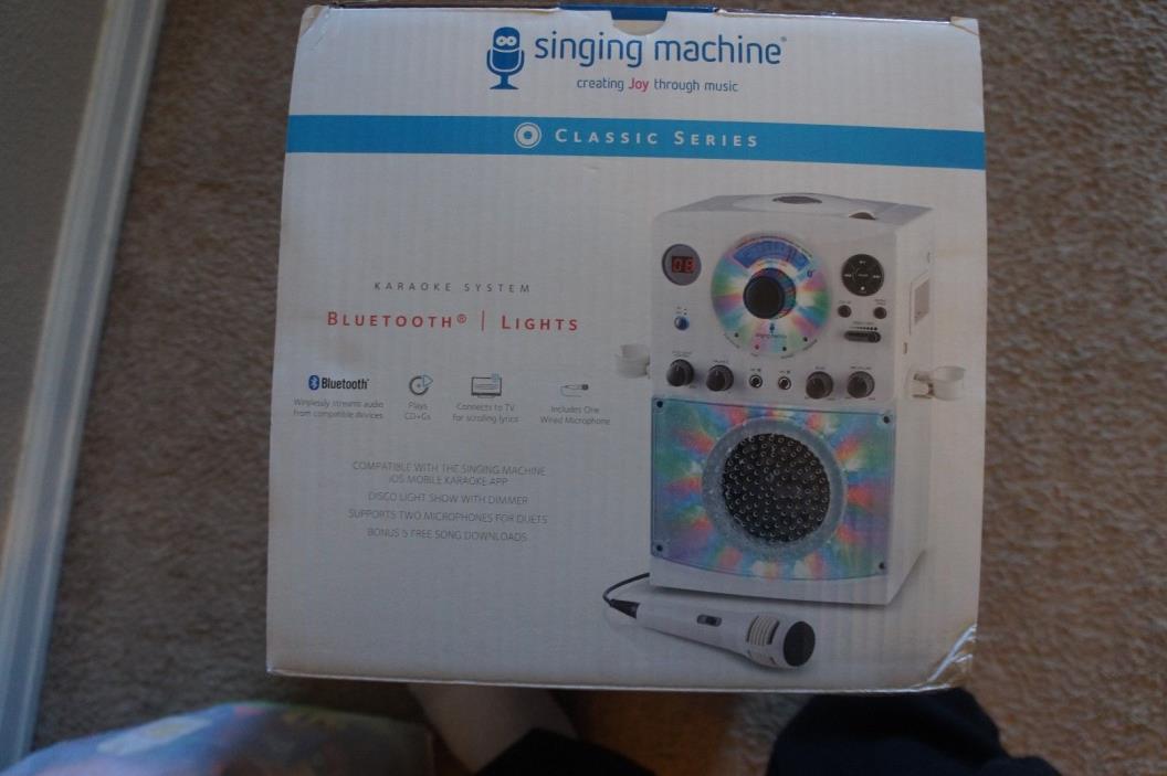 NEW Singing Machine Karaoke Machine Bluetooth, Lights SML385BTW
