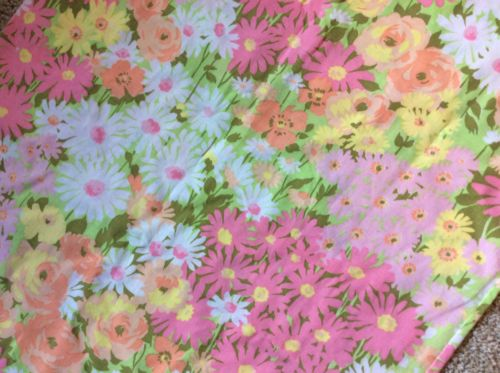 Lot 2 VTG Pillowcases Pequot Muslin Floral Cutter Fabric Flower Power *Flaws